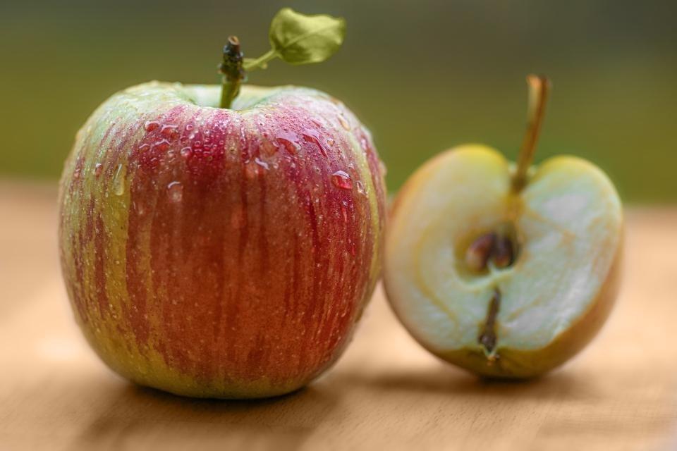 Jabłka nastole